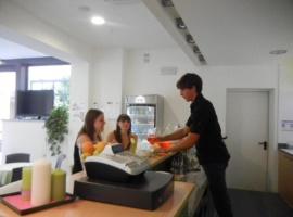 happy-hour-al-hotel-trieste-mare-lignano-03